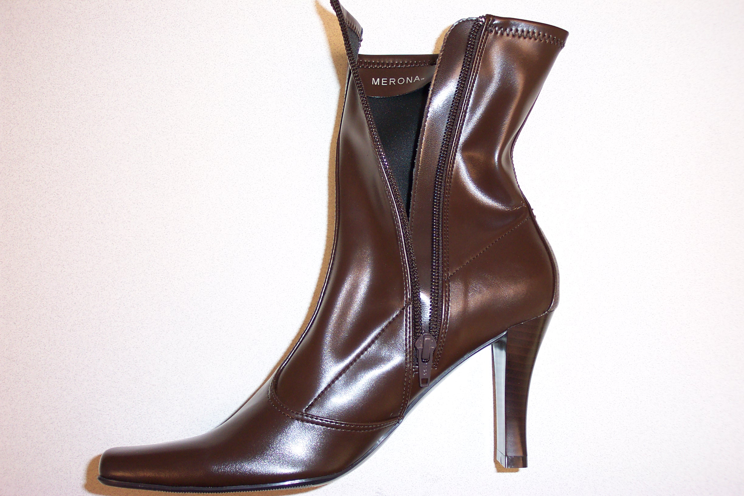 Picture of Recalled Women's Boots